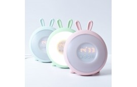 Lampka budząca światłem zielony królik